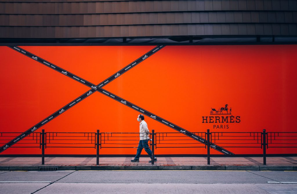 How to sell $380K bags: The Hermès Marketing Strategy Explained