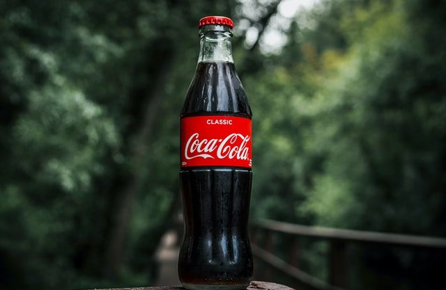 coca cola marketing strategy, plz and mix (4Ps)